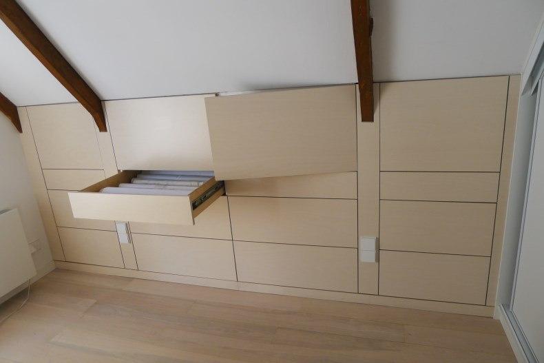 kast onder schuin dak meubelmaker in amsterdam
